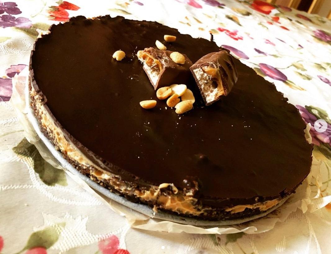 Оочень простой рецепт торта Сникерс